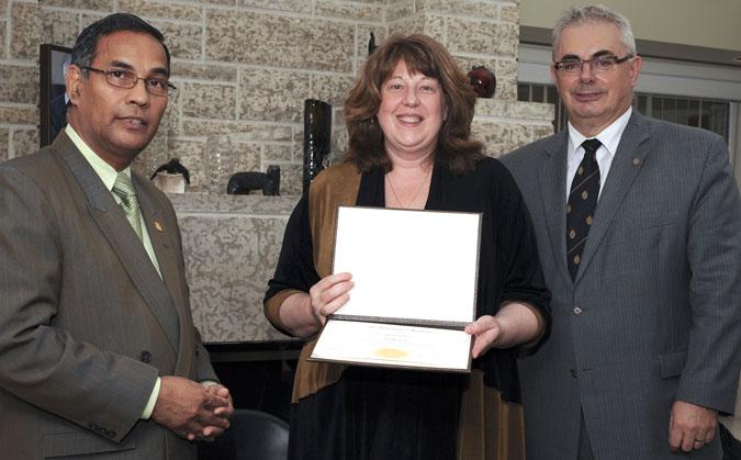 Rh Award for Schultz