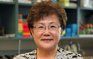 Dr. Miyoung Suh