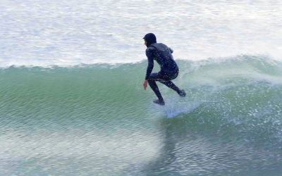Surfing – With No Surfboard (Absolutely Stunning)