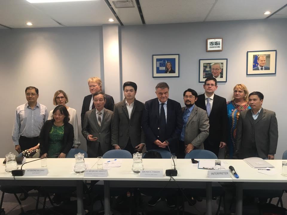 Các nhóm xã hội dân sự độc lập yêu cầu Liên Âu giám sát nhân quyền khi ký thương ước với Việt Nam