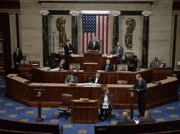 Hạ Viện hoãn bỏ phiếu Dự Luật Y Tế.