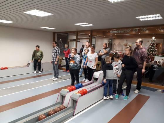 tischtennis-weihnachtskegeln_2018_1