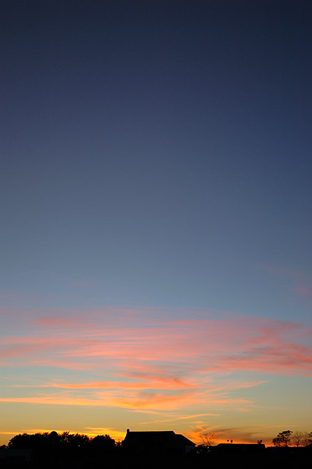 sunset050929.jpg