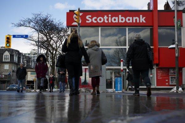 SCAN_20180608_Inteligencia-competitiva_Scotiabank-inicia-opa-para-adquirir-BBVA