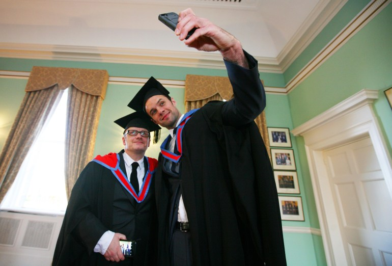 Oscar-nominated director Lenny Abrahamson and Irish musician Niall Breslin (Bressie) receive Honorary Fellows of the Institute of Art, Design + Technology, Dun Laoghaire at a ceremony in the RDS Dublin. Photo Shows. Bressie ( who described himself as a selfie stick) takes a selfie with director Lenny Abrahamson beforereceiving their Honorary Fellows of the Institute of Art, Design + Technology, Dun Laoghaire at a ceremony in the RDS Dublin. Pics Brian Farrell