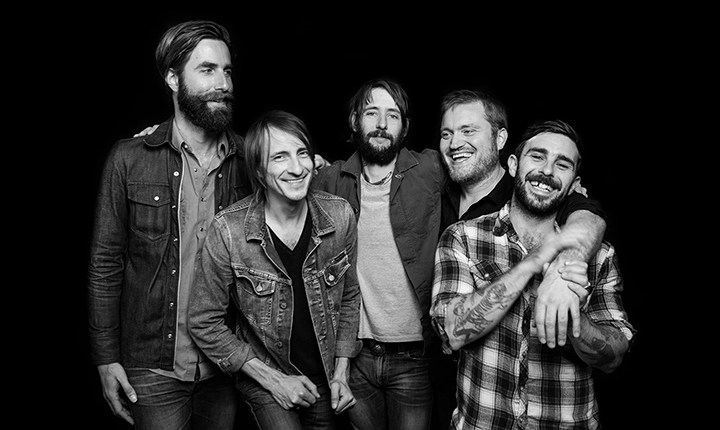 Nos despertamos con un nuevo single de Band of Horses