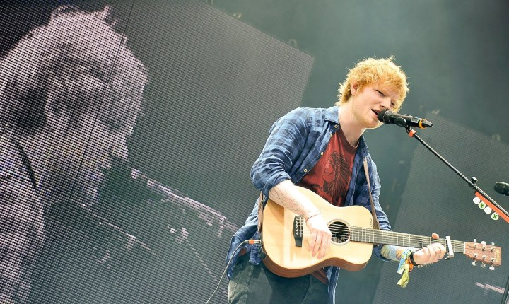 Cartel Glastonbury 2017: Ed Sheeran, tercer cabeza de cartel