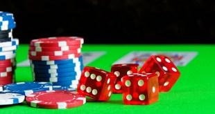 Cards Play Poker Card Game Casino Cube Gambling