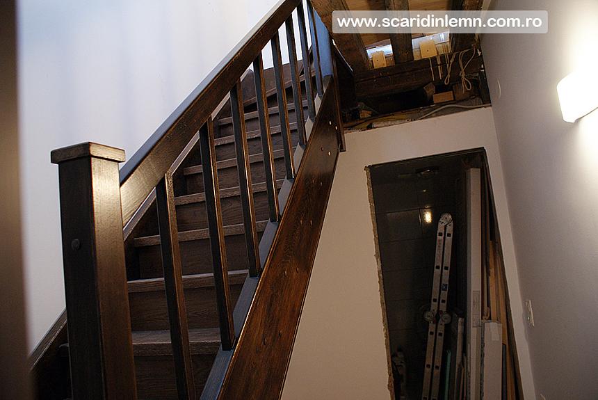 scara interioara din lemn masiv mana curenta trepte balustrii preturi