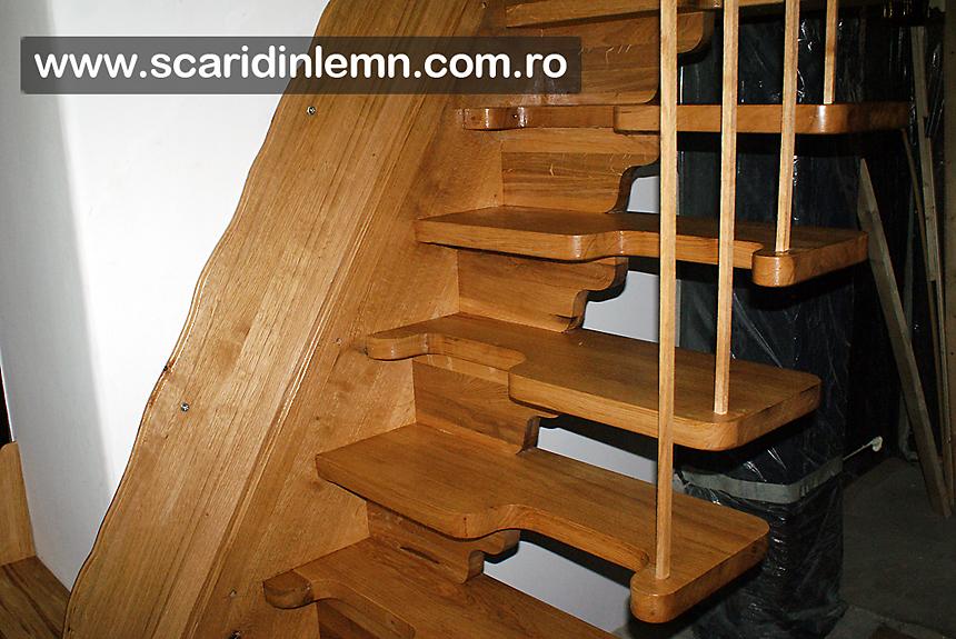 scara interioara de lemn masiv cu trepte pas conditionat, economica pret mic