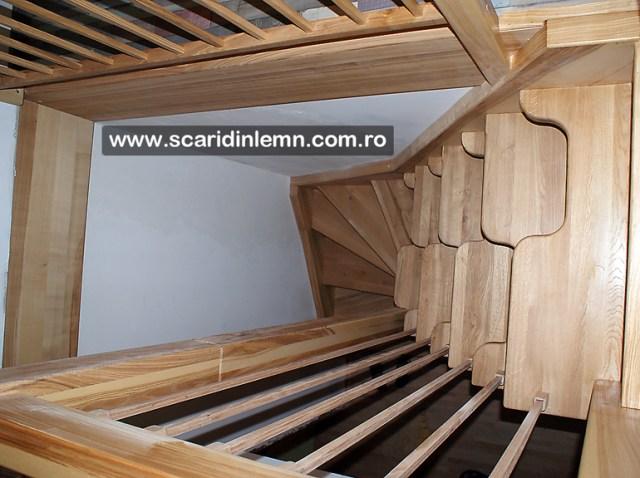 pret proiectare scari interioare din lemn cu vang si trepte economice