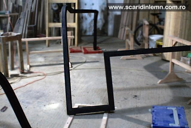 Atelier de tamplarie scara interioara lemn, mana curenta lemn curbat, placare trepte lemn, preturi proiectare amenajare