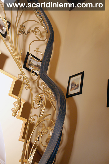 scara interioara de lemn - balustrada - mana curenta lemn curbat