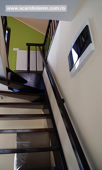 Scara interioara lemn masiv pe vanguri suspendata pe corzi, pret, design, proiect scara, modele scari