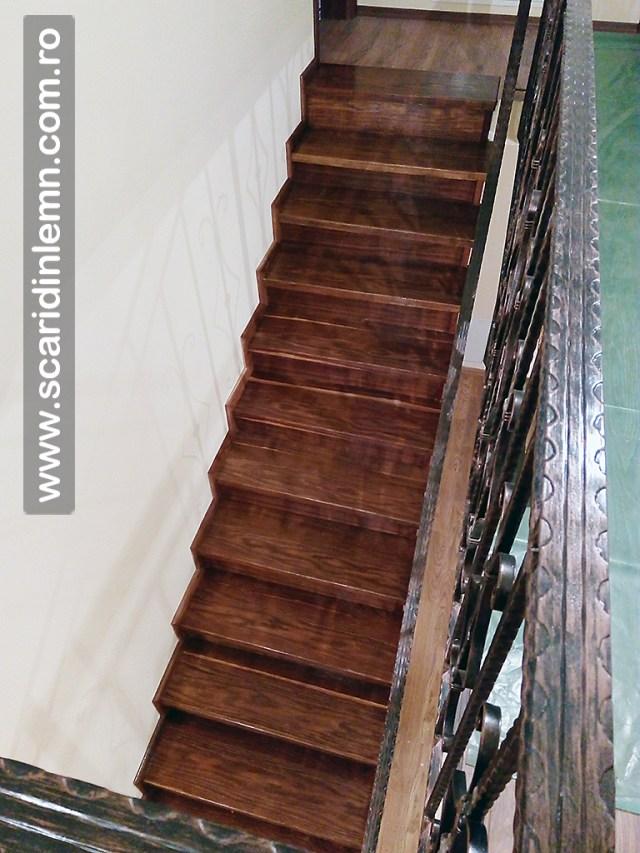 trepte-lemn-masiv-din-stejar-imbatrinite-placate-pe-scara-din-beton_img_20160913_061930