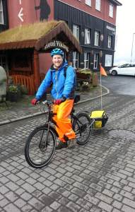 Cycling in Iceland: tales from a fundraising cycling newbie.