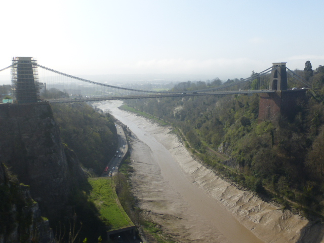 photo walk through Bristol: clifton bridge