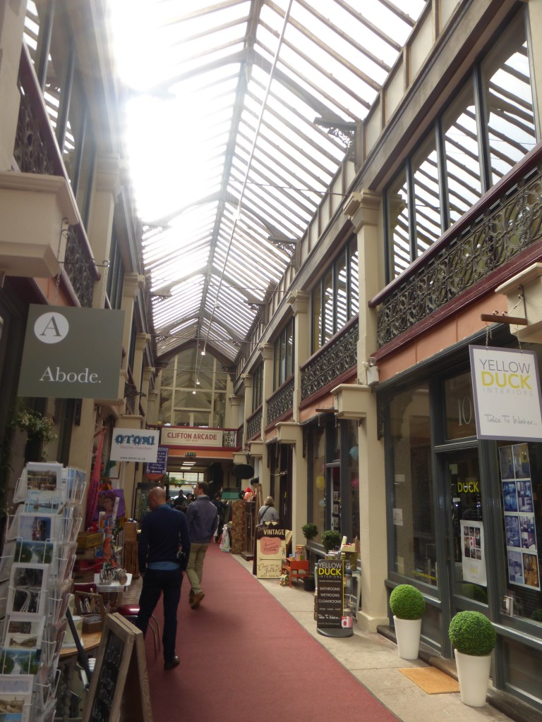 photo tour through Bristol: the arcades