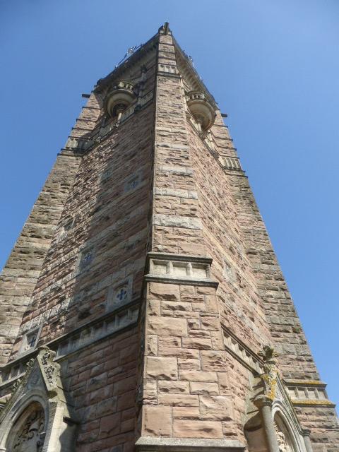 photo walk through Bristol: cabot tower