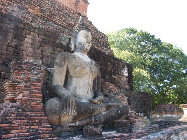 Ayutthaya or Sukhothai? Both are amazing