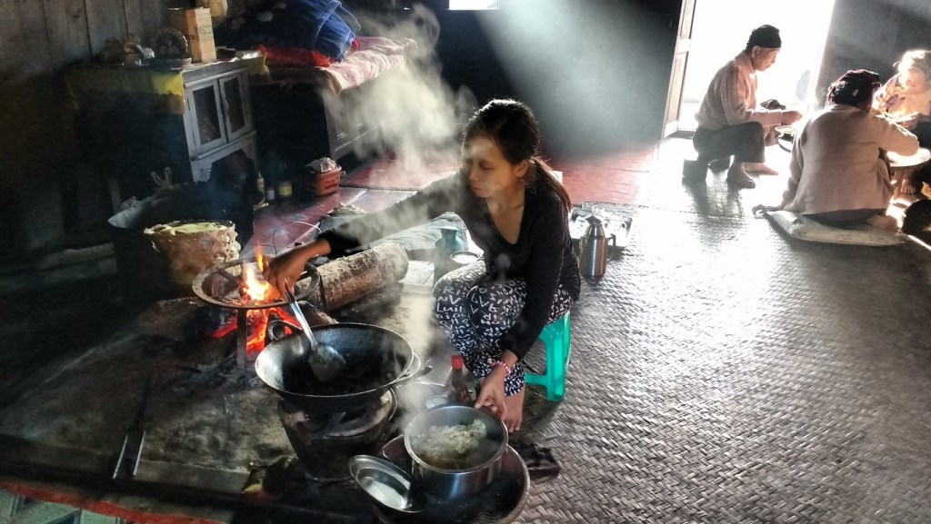 preparing dinner at our homestay in Hsipaw