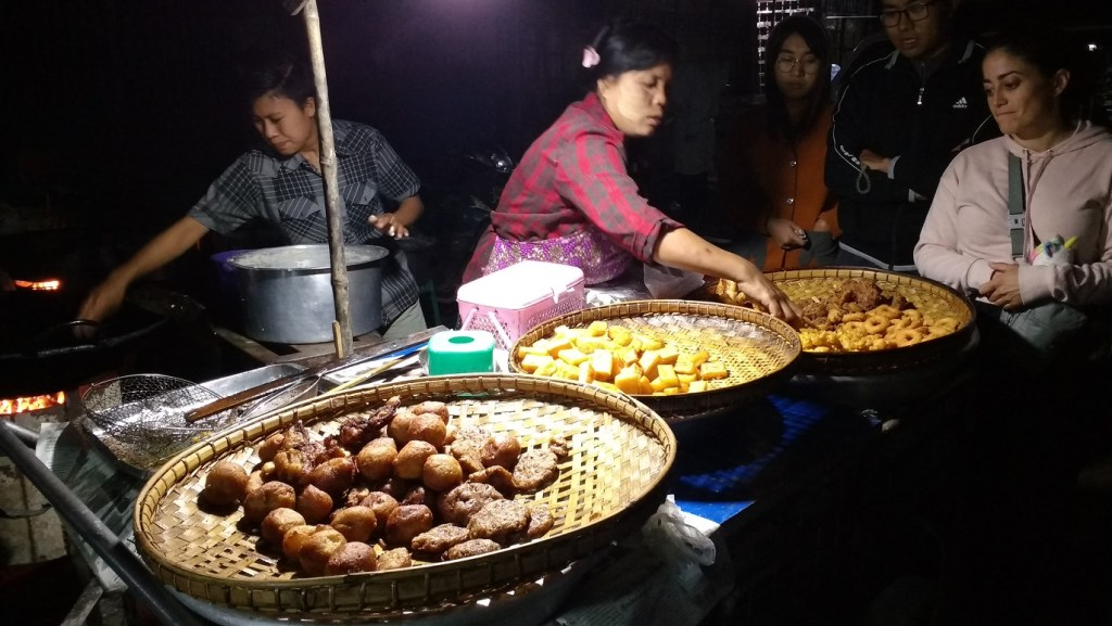 night market in Pyin Oo Lwin