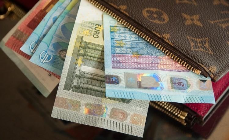 foldable wallet