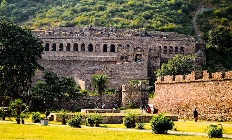 Bhangarh Fort Ghost Story