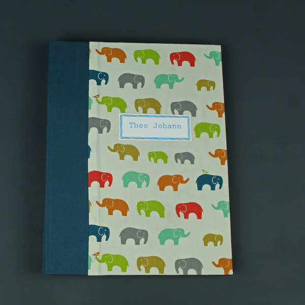 Fotoalbum-personalisiert-petrol-mit-Elefanten