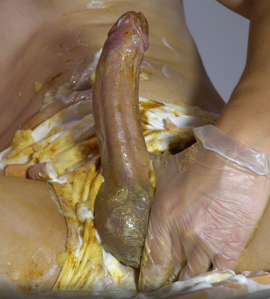 HUGOSCATBOY – SHIT SAUSAGE CONDOMS & CREAM SQUIRTING FROM ANUS 2019_09_12_8