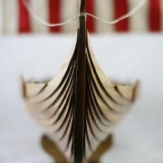 5 prowviking longboat urn