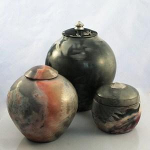 Keepsake Saggar Ceramic Urns