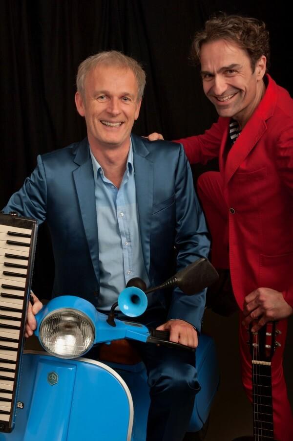 'En route' – Cor Bakker (piano) en Gerard Alderliefste (zang/gitaar)