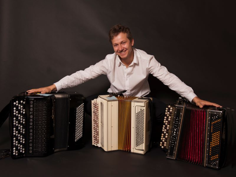 'De sneeuwstorm' – een kort verhaal van Poesjkin met verhalenverteller Hans Boland en accordeonist Oleg Lysenko
