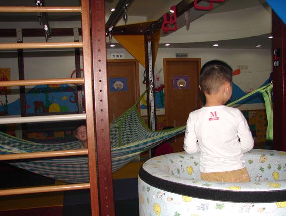children-at-the-amity-childrens-development-centre_web