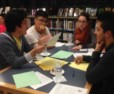 Students can try their hand at reading college applications at case studies event on Wednesday, Feb. 10