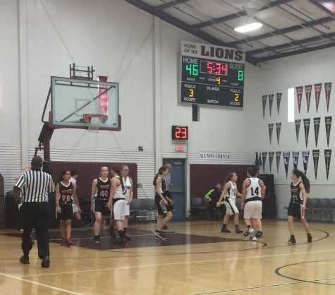 SCDS and Valley Christian reset after the ball is tipped out of bounds during the JV girls' game, Feb. 2. The Cavs fell, 14-48.