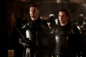 Henri Ducard, Mentor de Bruce Wayne et Incident Déclencheur de l'intrigue.