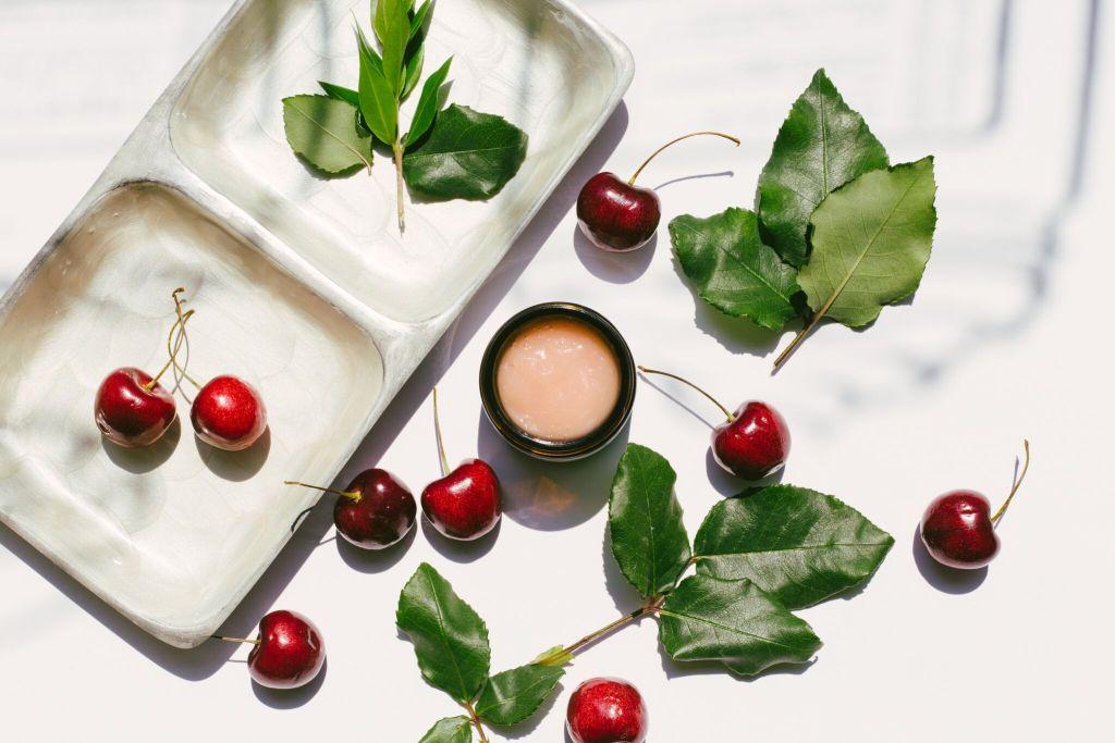 Cherry Collagen Peel Savor Beauty 1