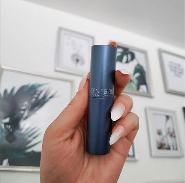 Preiwinkle Blue Scentbird Fragrance Case