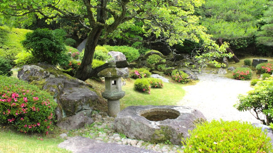 【京都洛東】意外と知られてない知恩院の魅力と同時拝観が便利なお隣の青蓮院