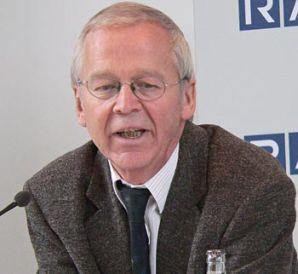 GM Helmut Pfleger