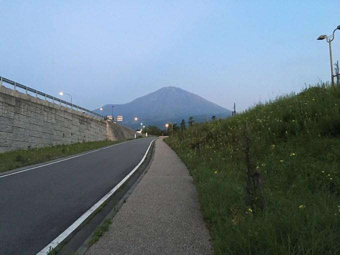 富士登山_富士山麓から