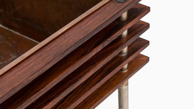 Flower table in rosewood and copper at Studio Schalling