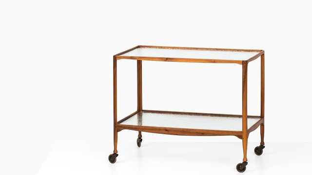 Peder Moos trolley in mahogany and glass at Studio Schalling