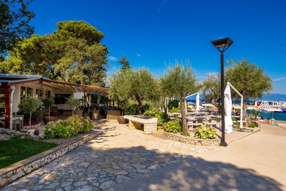 Mcdonald's bietet dir einen sicheren arbeitsplatz in einem motivierten team und flexible. Weinfest in Bardolino - Gardasee - Sirmione - Garda