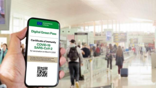 Greece Reveals First EU Digital COVID Passport as 'Fast Lane to Facilitate  Travel' - SchengenVisaInfo.com