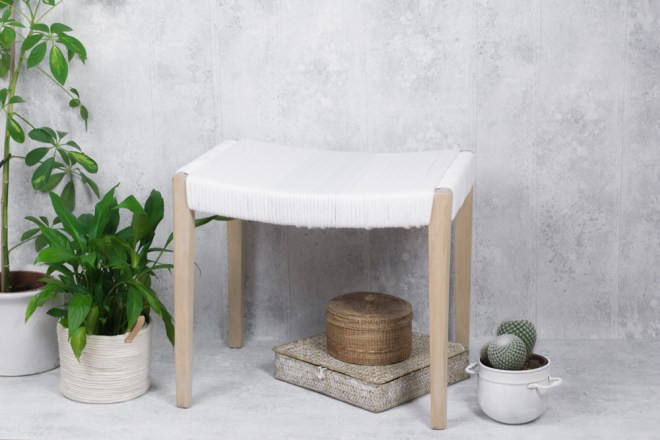 schereleimpapier DIY und Upcycling Blog aus Berlin - kreative Tutorials für Geschenke, Möbel und Deko zum Basteln – Möbel Upcycling Hocker aufarbeiten