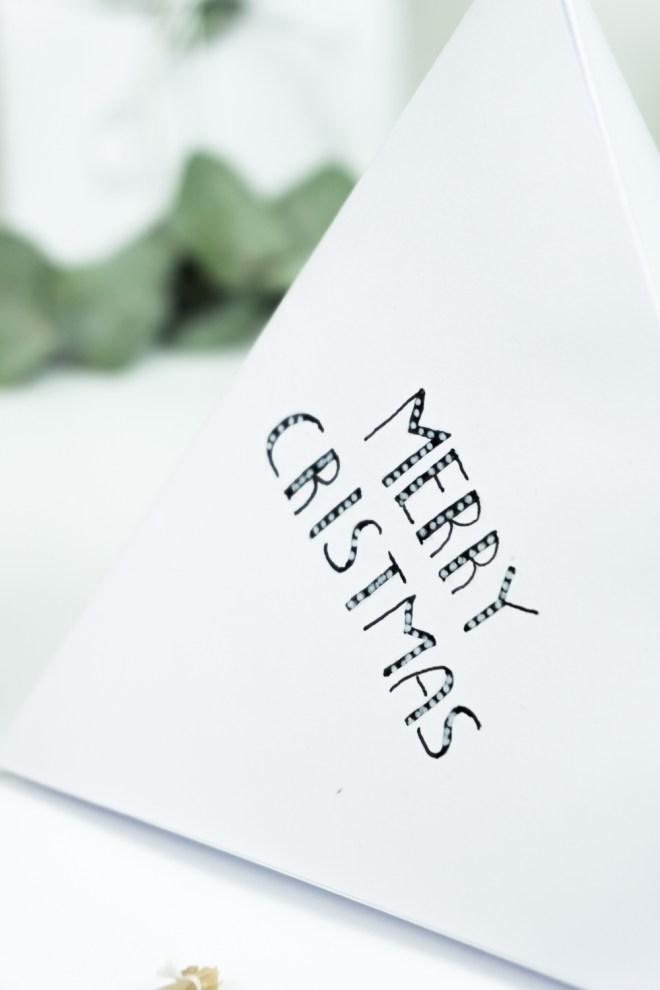 schereleimpapier DIY und Upcycling Blog aus Berlin - kreative Tutorials für Geschenke, Möbel und Deko zum Basteln - Lettering Geschenkverpackung basteln Adventskalender Gewinnspiel