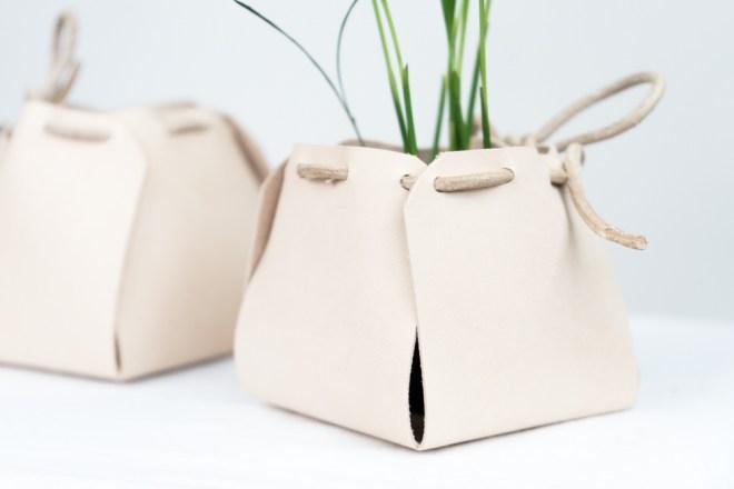 DIY Utensilos / Pflanztöpfe -schereleimpapier DIY und Upcycling Blog aus Berlin - kreative Tutorials für Geschenke, Möbel und Deko zum Basteln